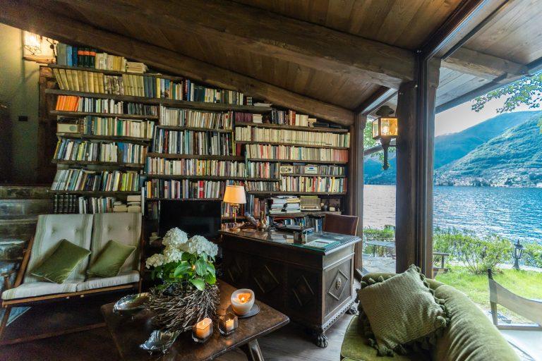 THE-WRITERS-NEST-il-rifugio-degli-intellettuali-a-como-800-euro-al-giorno-5-posti-letto-768x512